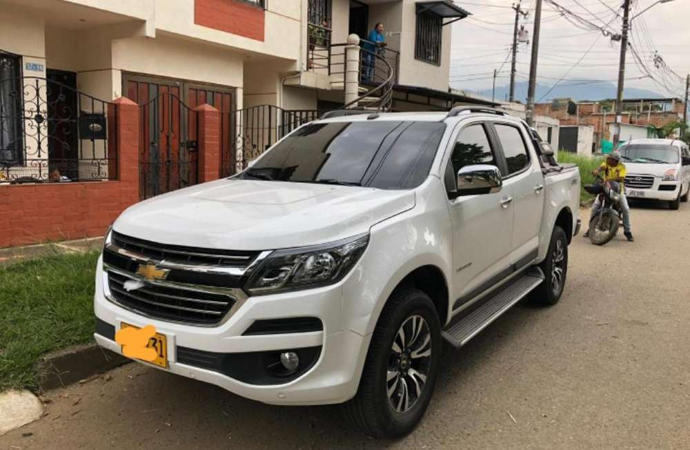 Chevrolet Colorado 2018 - 12000 km