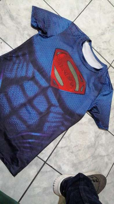 Camisa Alicrada de Superman
