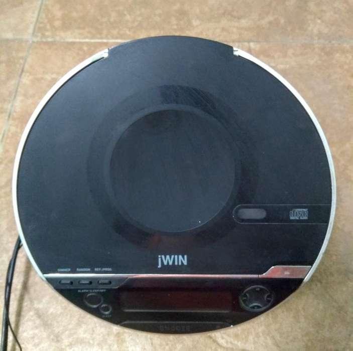 Radio Reloj Despertador con Cd