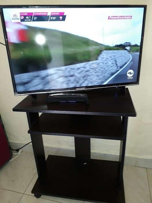 Tv 32 con Mesa