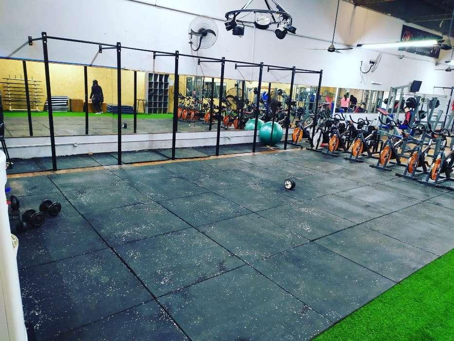 Rack Crossfit Gimnasio Sentadillas