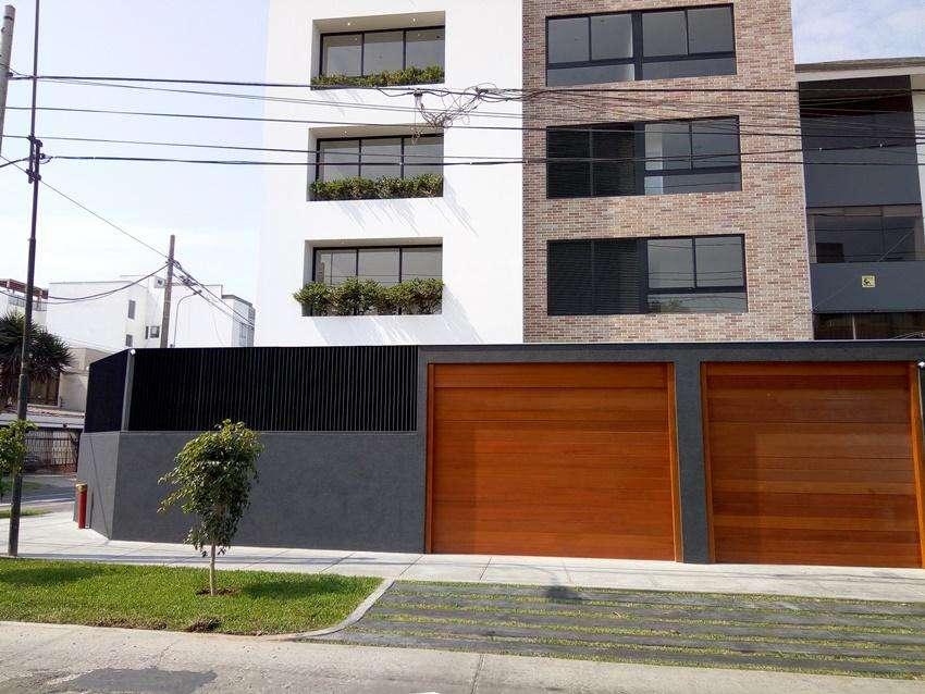 PH <strong>duplex</strong> 501, Zona Aurora, cerca de parques en Miraflores