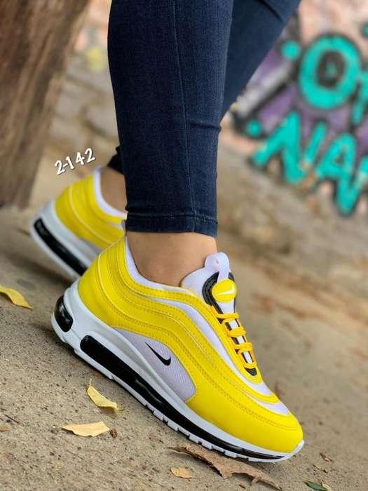 Nike Dama Y Caballero