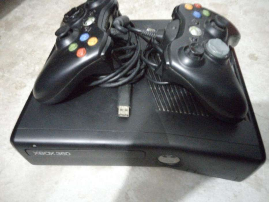 Xbox 360-con2controles,2bateriasrecargab