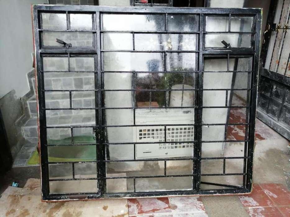 Se vende <strong>puertas</strong> y ventanas en muy buen estado