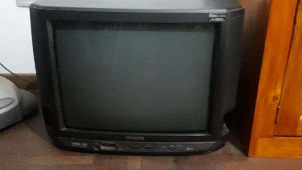 Tv Aiwa 21