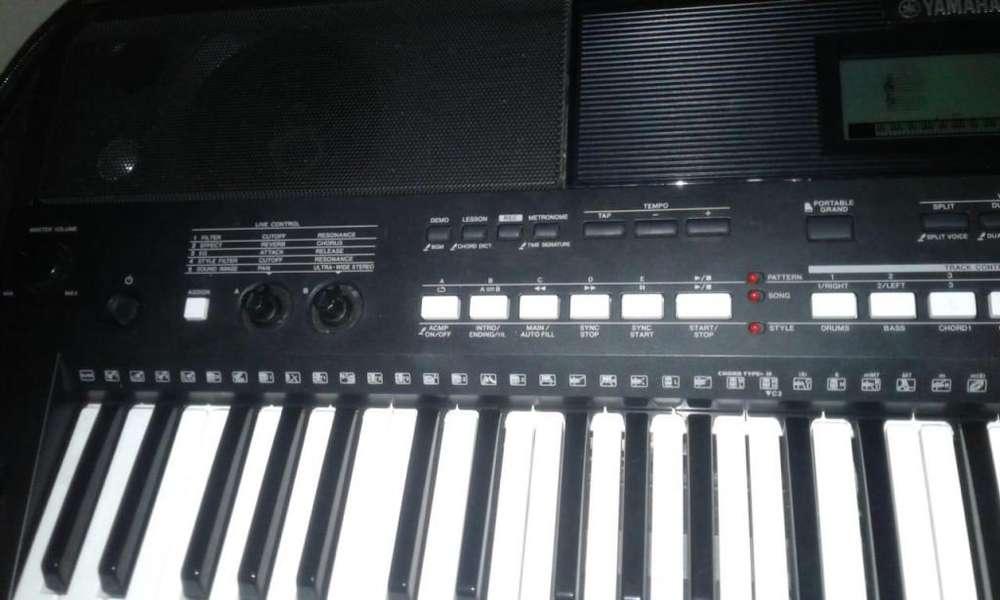 piano YAMAHA 433