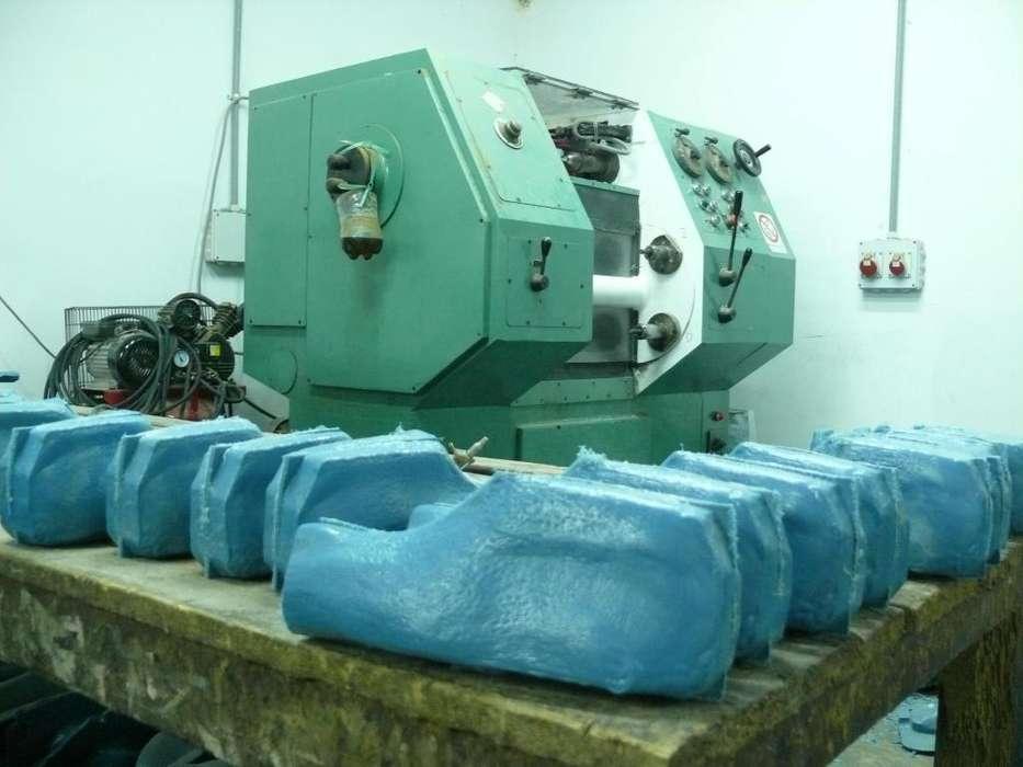 Vendo Fabrica de Insumos de Calzado (Hormas)