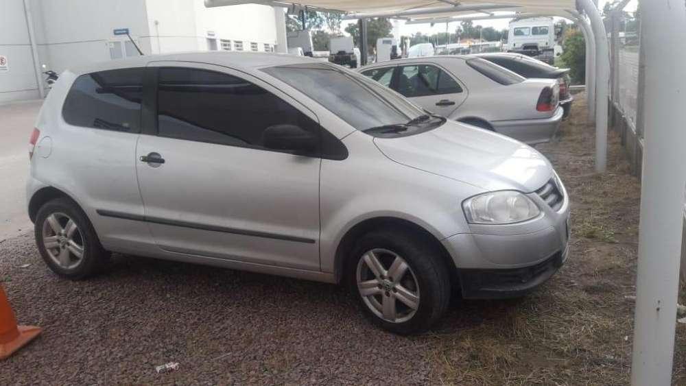 Volkswagen Fox 2009 - 40000 km