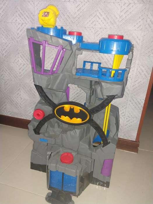 Vendo Baticueva de Batman