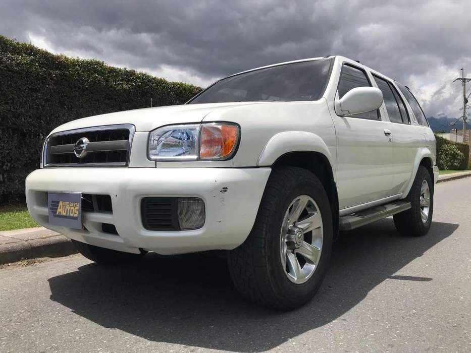 Nissan Pathfinder 2004 - 200000 km