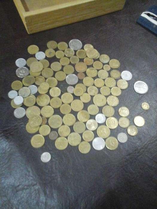 Lote de Monedas Antiguas Y Extranjeras