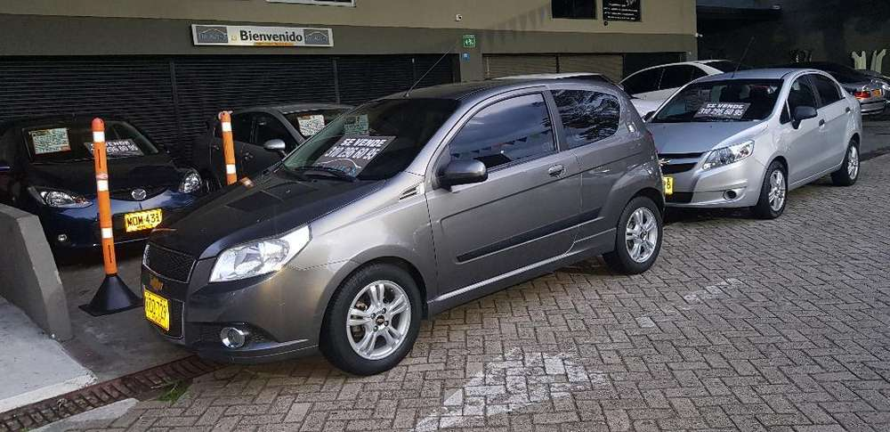 Chevrolet Aveo Emotion 2012 - 83000 km