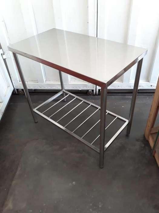 <strong>mesa</strong> de trabajo en acero inoxidable