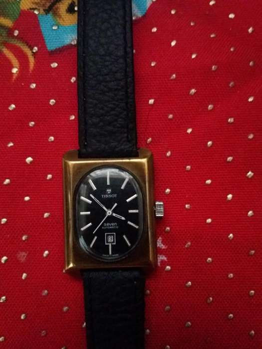 VENDO RELOJ TISSOT ORIGINAL SWISS T MADE FUNCIONANDO EN PERFECTO ESTADO 150 NEGOCIABLES.