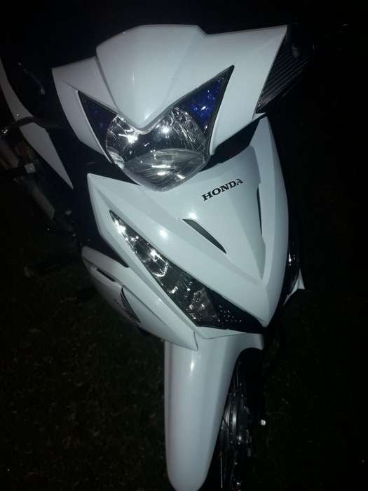 Vendo Tomo Moto Menor Valor
