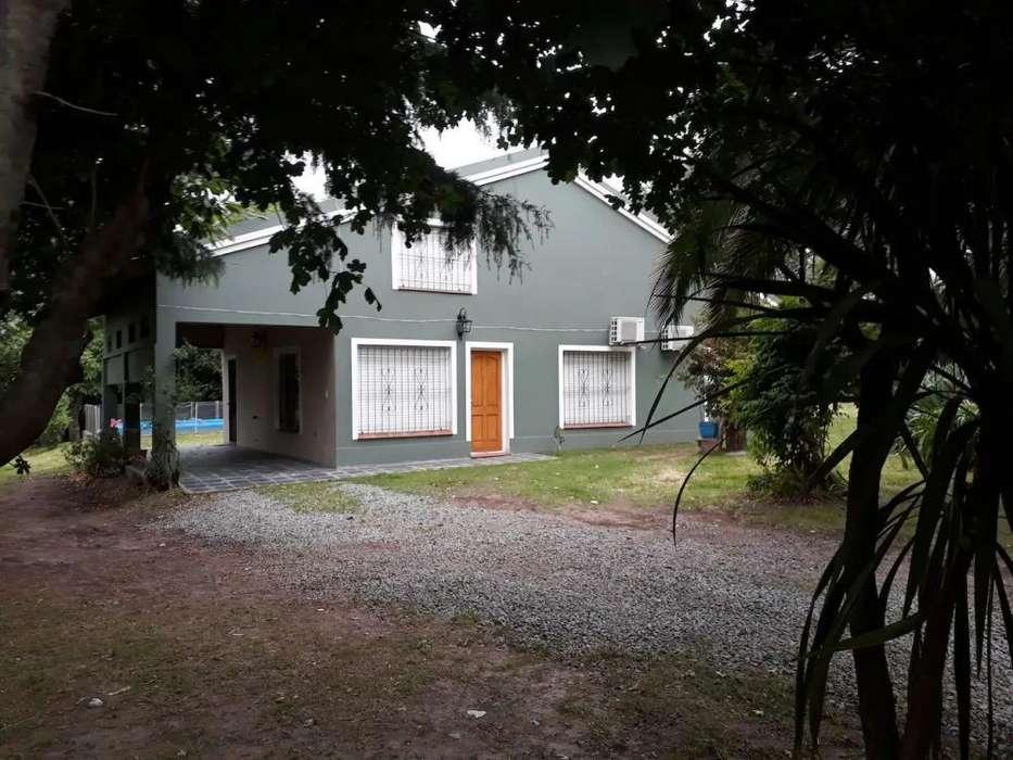 rs29 - Casa para 5 a 10 personas con pileta y cochera en Tandil