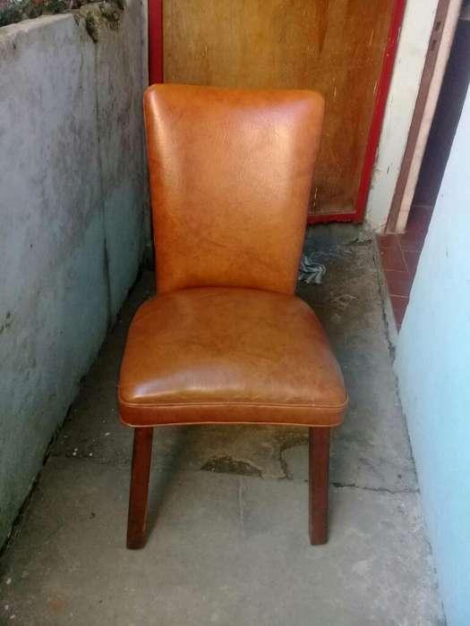 <strong>silla</strong>s de Madera X3 con Tapizado de Cuer