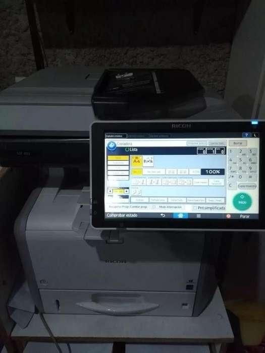 Fotocopiadora Ricoh Mp402