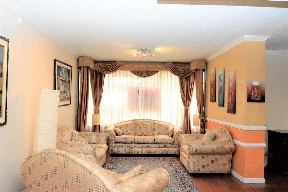 Vendo / Arriendo Departamento 3 dormitorios Centro Norte 240m2