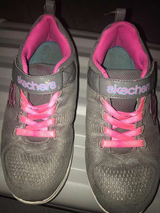mizuno womens volleyball shoes size 8 x 3 inch hood in madrid