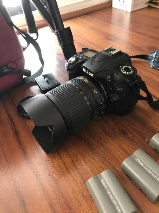 Camara Nikon D90 Usada, Muchos Accesorio