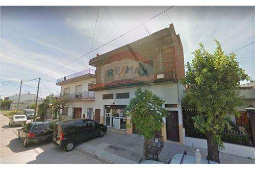 Venta PH tipo casa, 4 ambientes, Ramos Mejia