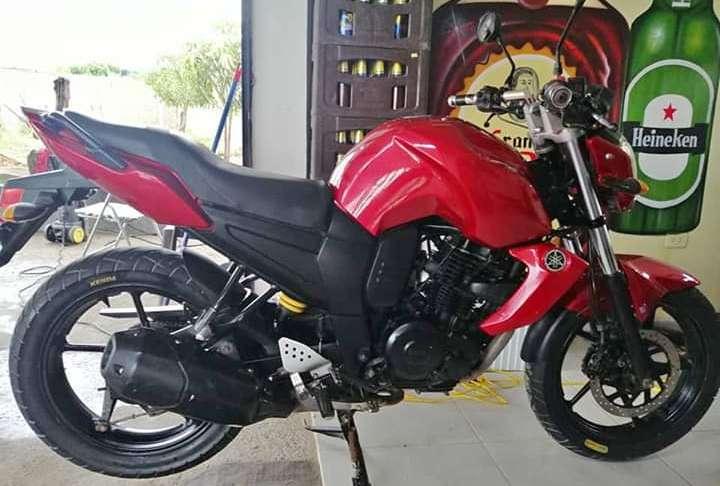 Moto Fz <strong>yamaha</strong>