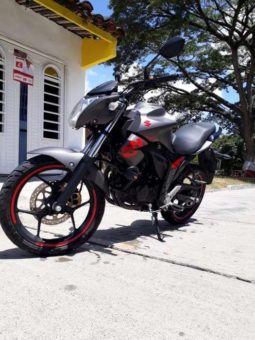 Vendo Suzuki Gixxer 2019