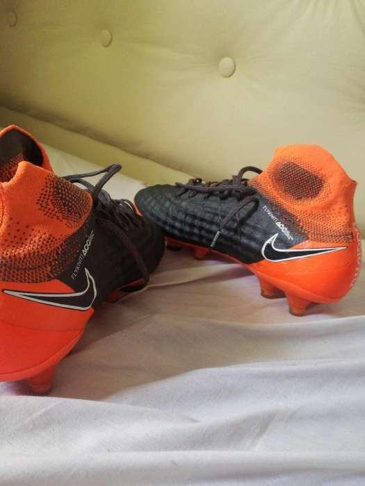 Nike Magista ,talle 39 Cm 25