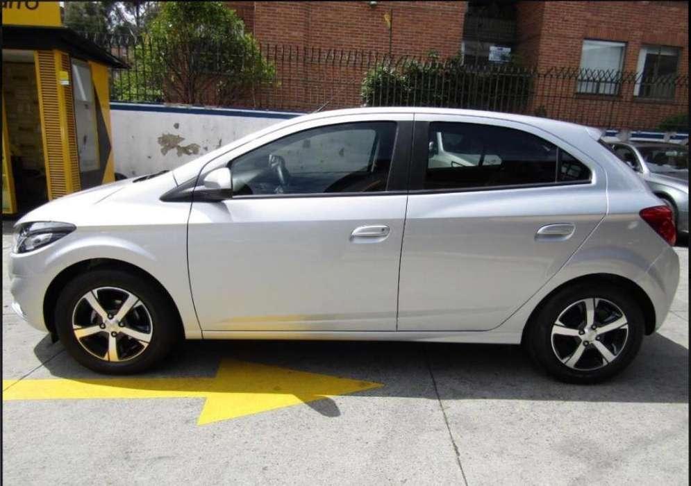 Chevrolet Onix 2019 - 4000 km