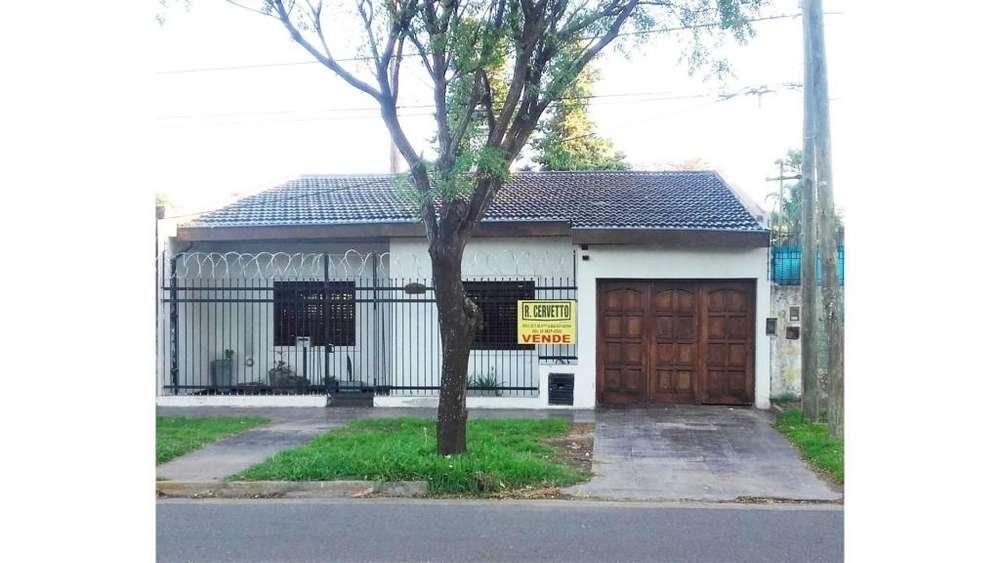 Alcorta 100 - UD 130.000 - Casa en Venta
