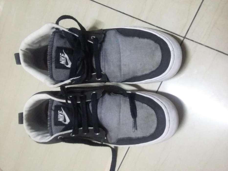 Vendo zapatilla Nike talla43 origuinal
