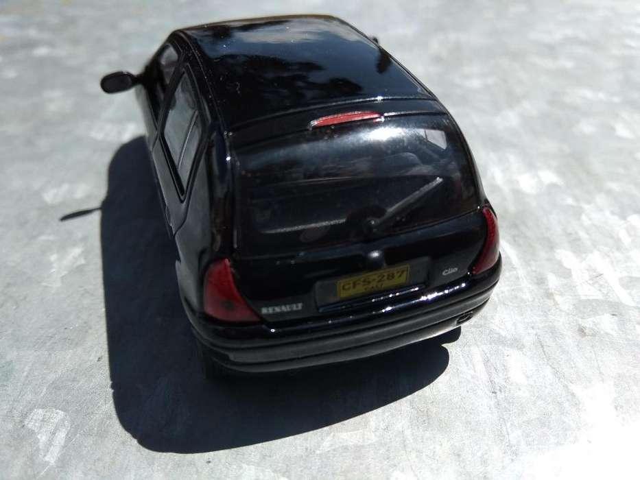 Renault Clio a Escala 1:43
