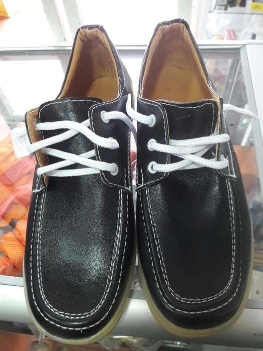 Vendo Zapatos Colegial