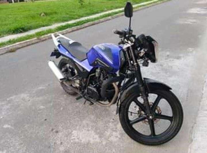 SE VENDE <strong>motocicleta</strong> MARCA UM EN BUEN ESTADO