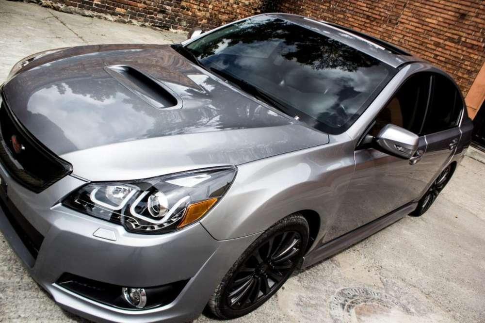 Subaru Legacy 2010 - 70000 km