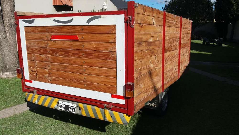 Exelente Trailers con Chasis