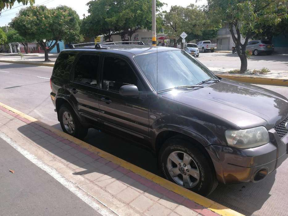 <strong>ford</strong> Escape 2007 - 170000 km