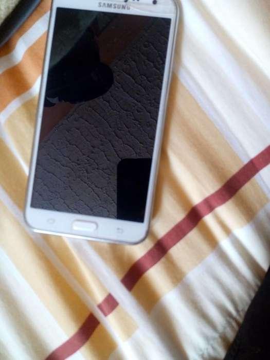 Samsung J7 en Muy Buen Estado, en Yumbo