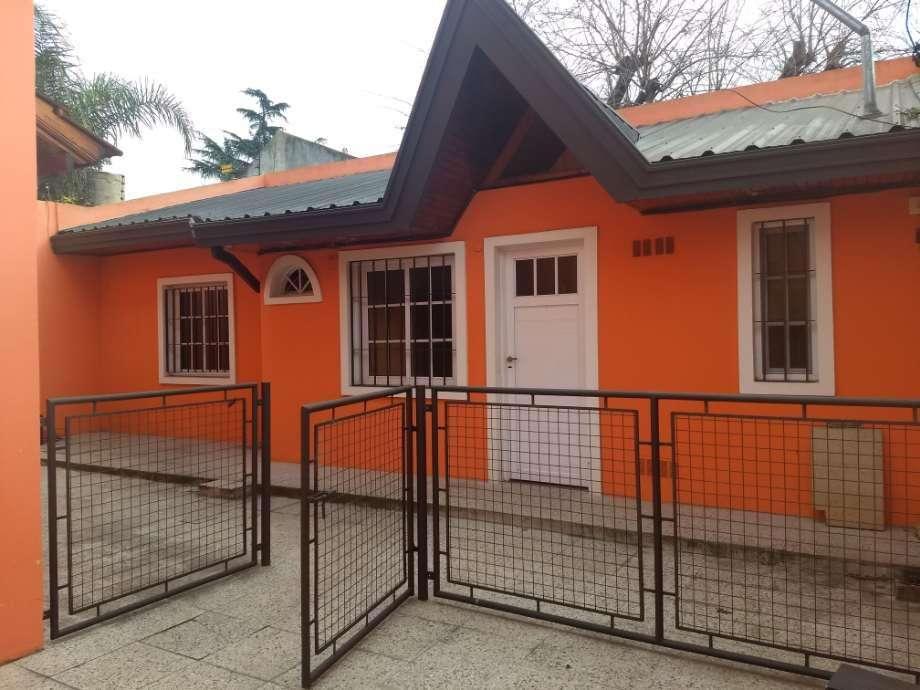 Departamento Tipo Casa en alquiler en Quilmes Oeste
