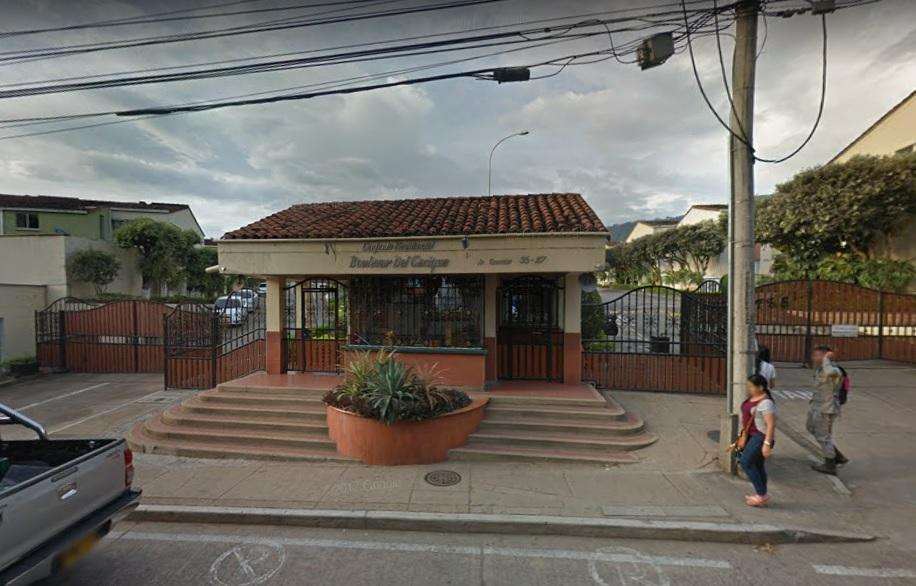 ARRIENDO <strong>casa</strong> BUCARAMNAGA LAGOS DEL CACIQUE BOULEVAR DEL CACIQUE