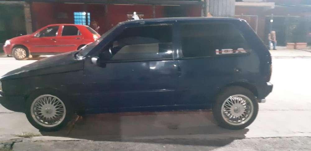 Fiat Uno  1999 - 240 km