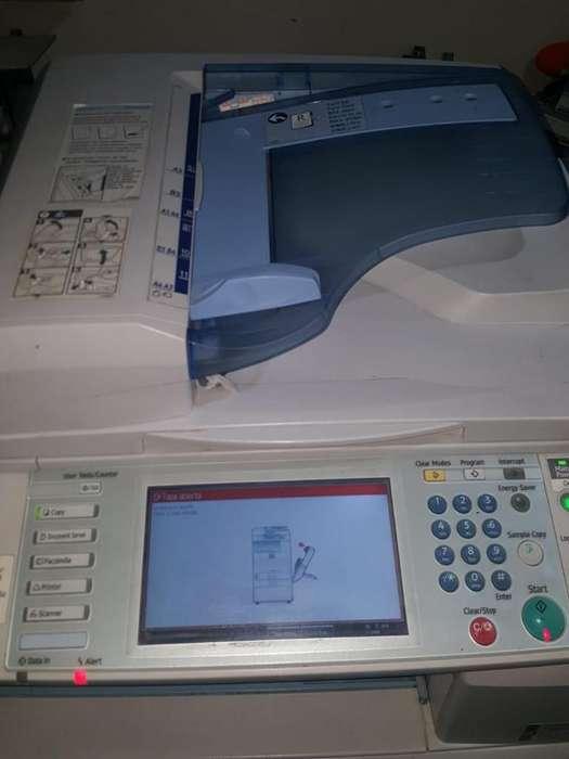 Fotocopiadora Rico MP C3300