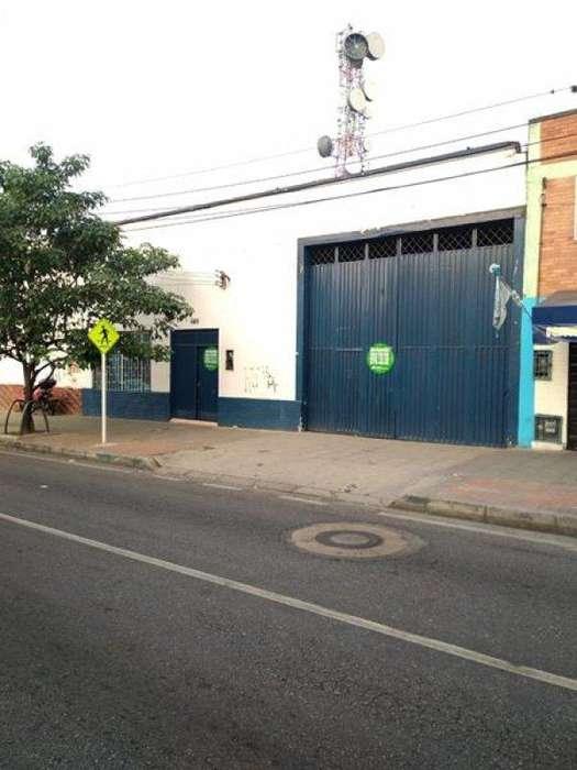 Arriendo Bodega MODELO Bucaramanga Inmobiliaria Alejandro Dominguez Parra S.A.