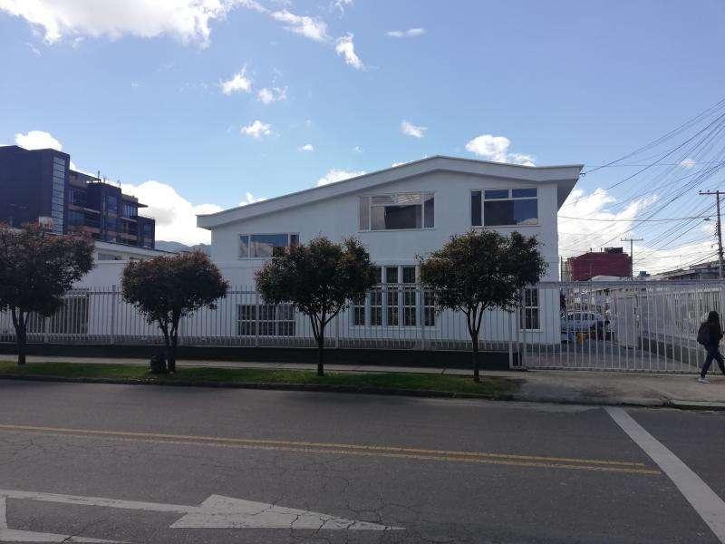 Cod. ABLUQ2019010011 Oficina En Arriendo En Bogota La Castellana