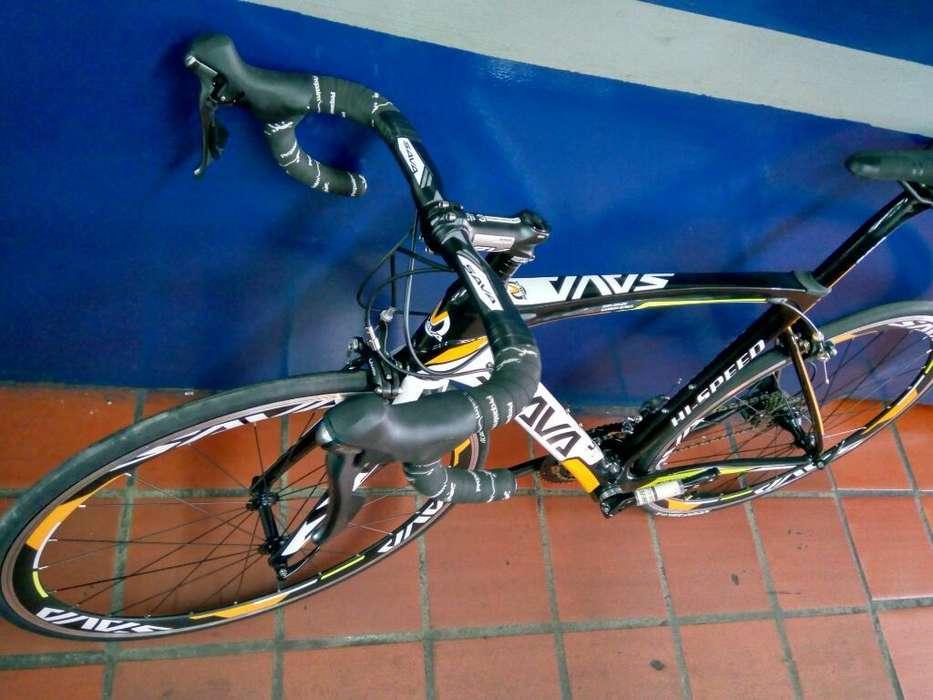 Bicicleta de Ruta Carbono Sava