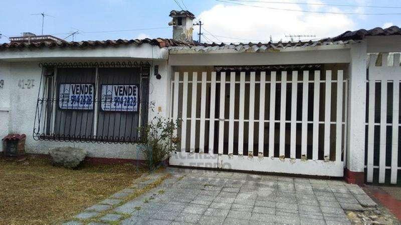 Casa En Venta En Bogota Modelia Cod. VBCYF19859