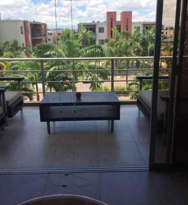 Alquiler de Departamento en Edificio Torres de Rio, Via a Samborondon