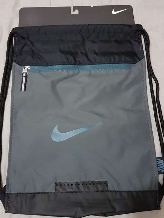 Bolso Maletin Nike No Adidas Umbro Puma